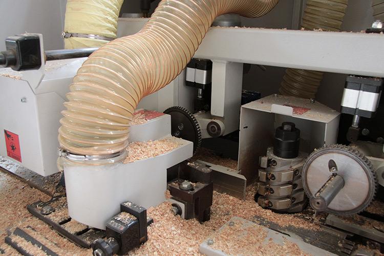 Lavorazioni artigianali di falegnameria - Fas, fabbricazione artigianale serramenti